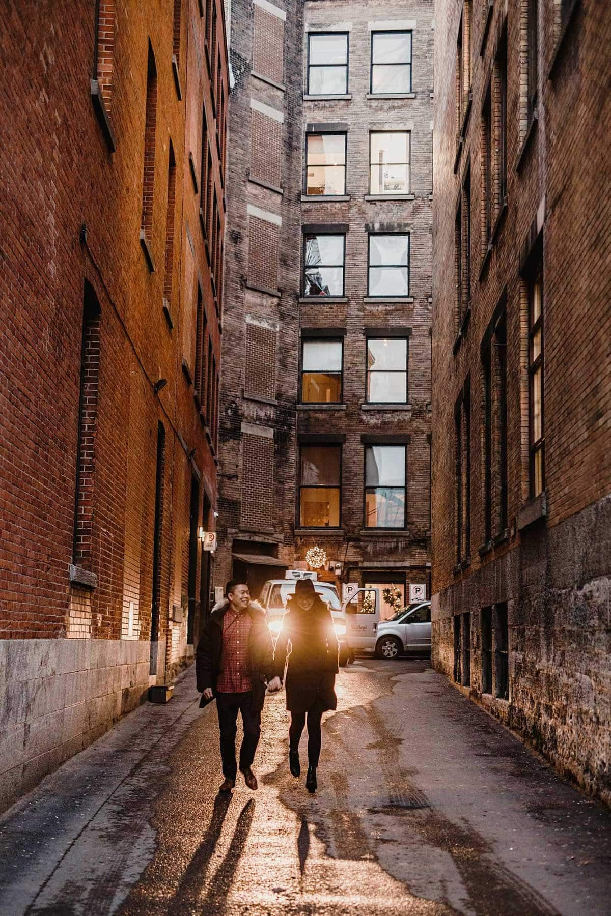 Wedding Photographer Old Montreal Vieux Montreal Port Alley