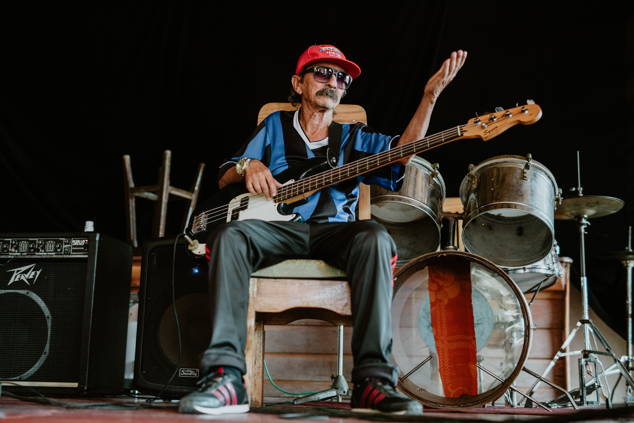 Local musician in Vinales, Cuba. Wedding and travel photographer Brent Calis.