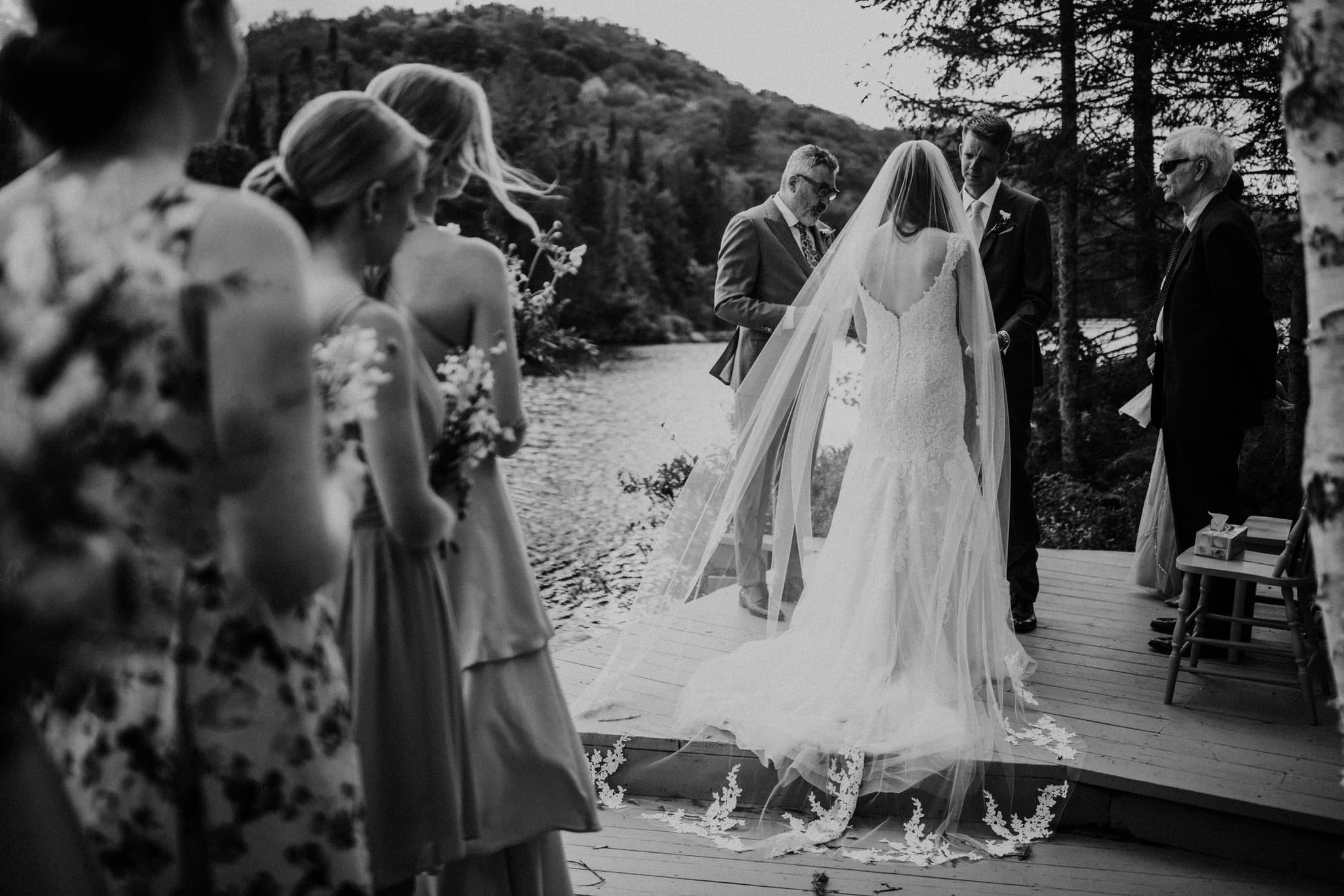 Intimate Wedding in Ivry-sur-le-Lac - Bride and groom at the alter - Wedding Photographer Brent Calis