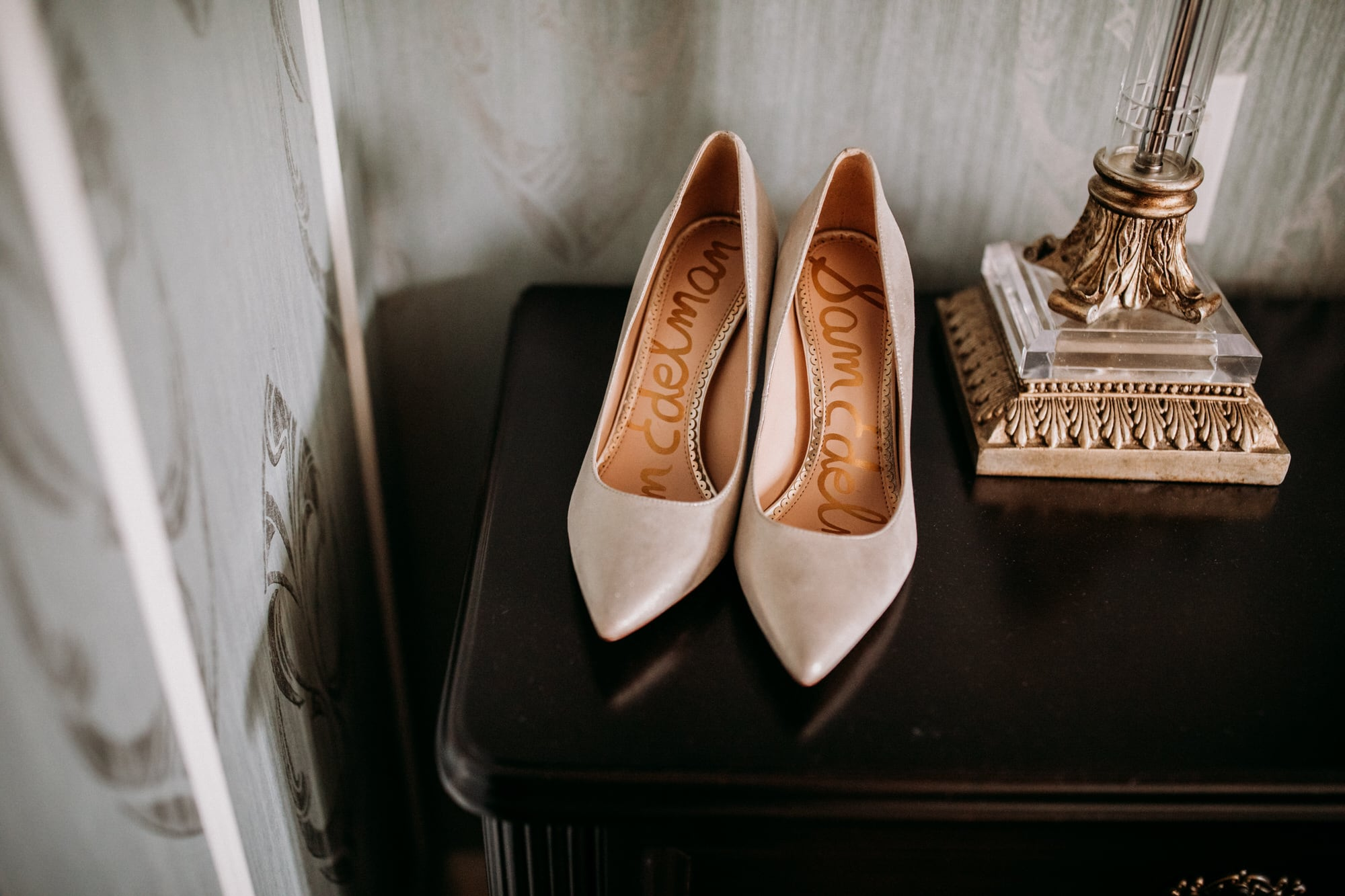 Entrepots Dominion Wedding In Montreal - Sam Edelman Wedding Shoes - Wedding Photographer Brent Calis